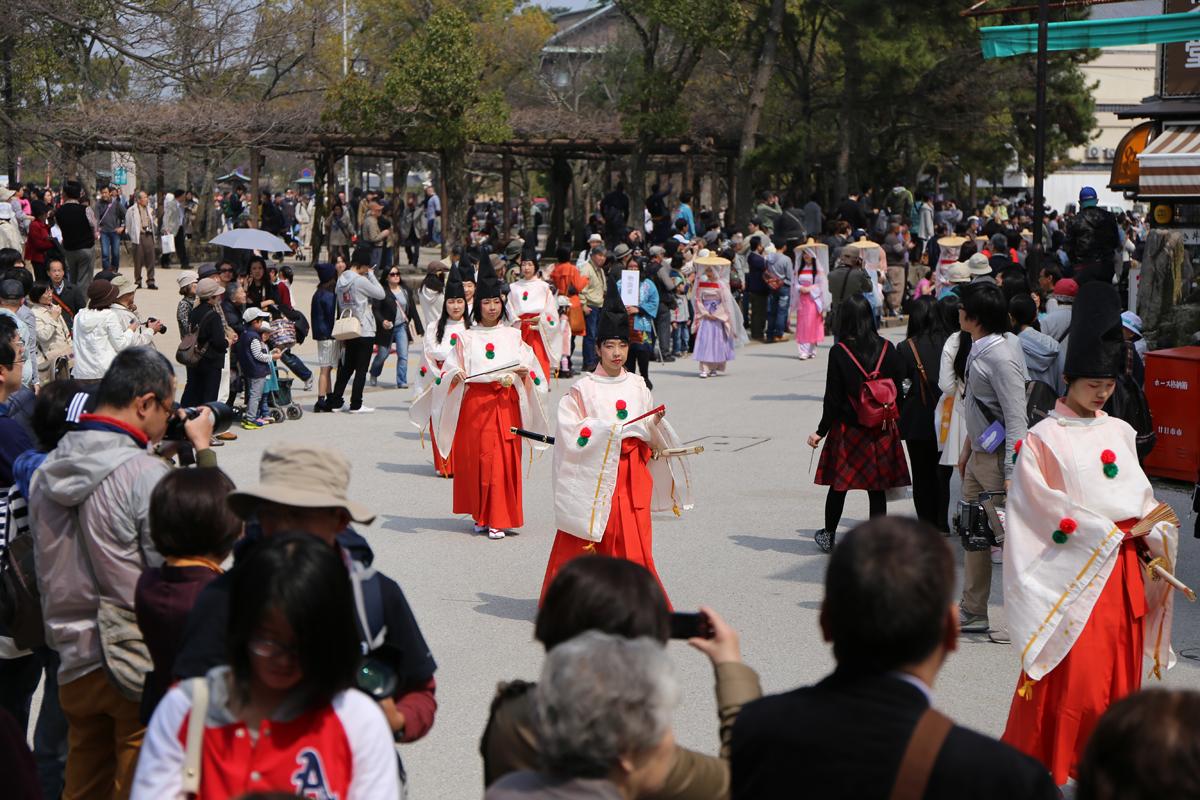 今年は「時子」役に戸田菜穂さんが来島 宮島清盛まつり