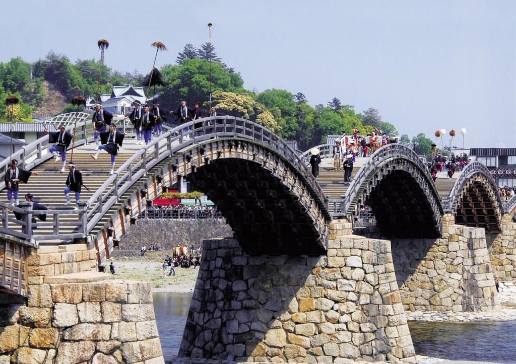 広島県のお隣 岩国市で錦帯橋まつりが開催されます