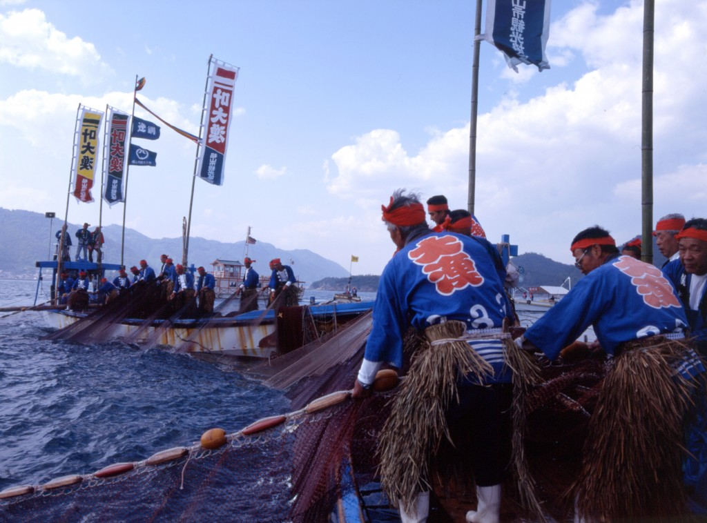 江戸時代から続く圧巻の伝統漁法 鞆の浦で開催