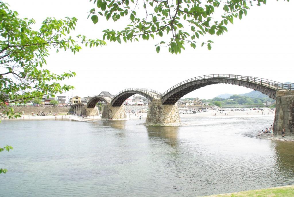 江戸時代の大名行列が現在に再現 錦帯橋まつり