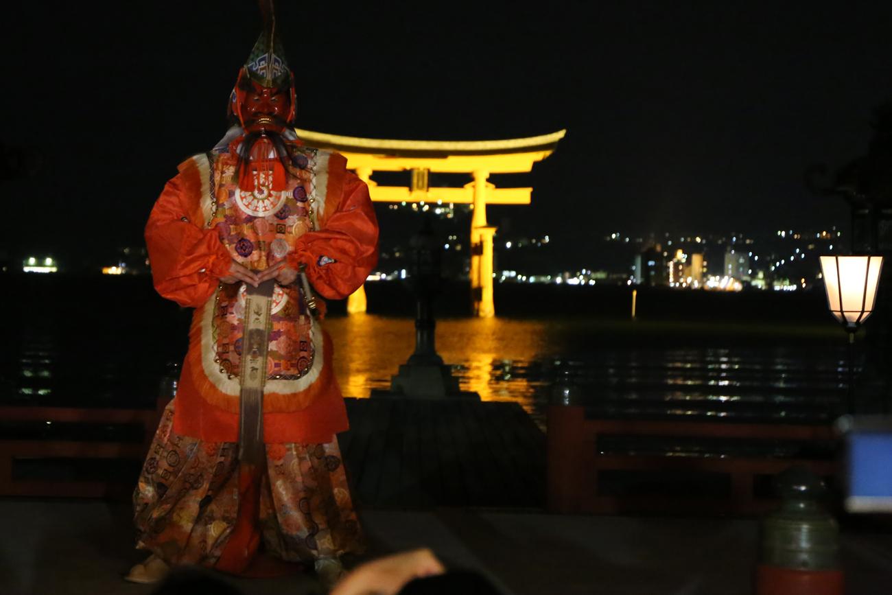 宮島厳島神社の桜花祭11